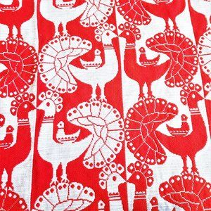 Red and White Rooster Theme Woven Curtain Throw